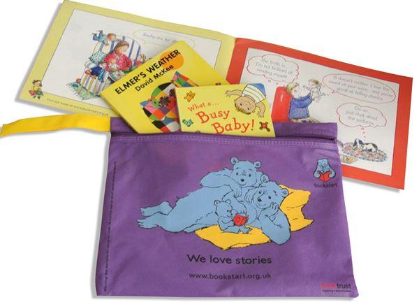 Bookstart: il comune di Bolzano regala libri ai neonati