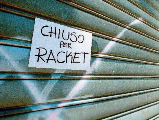 Le pizzerie storiche di Napoli contro il Racket